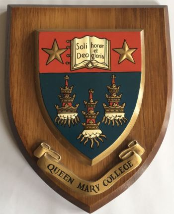 Coat of arms (crest) of Queen Mary College (London University)
