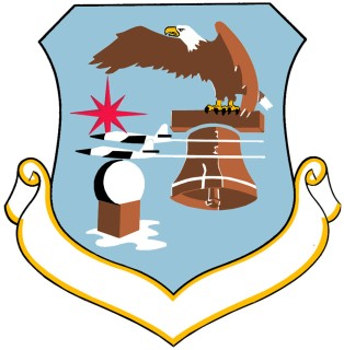 Coat of arms (crest) of the 20th Air Division, US Air Force